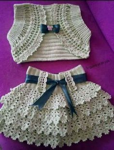 Hermoso vestido y chaleco [   |  <br/>    Crochet