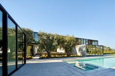 Gallery of OZ House / Stanley Saitowitz | Natoma Architects - 7