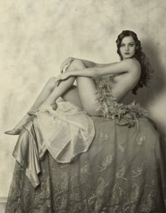 Astonishingly beautiful and contemporary: Alice Wilkie, Ziegfeld girl, ca. 1920s.
