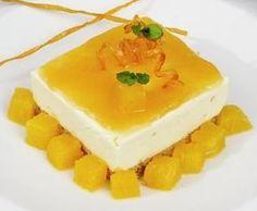 Receitas - Cheesecake de laranja (chef josé avillez) - Petiscos.com Jose Avillez, Chocolates, Cupcake Cakes, Cupcakes, Cheesecakes, Tofu, Food And Drink, Sugar, Dishes