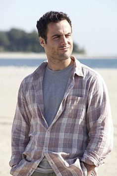 Dominic Fumusa in Nurse Jackie  If this was my husband I would be so happy and I would NEVER hurt him :(