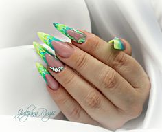 Juliana Ruzic neon nails
