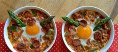 ¿Es una tapa? ¿Un desayuno? ¿Un avión? Esta receta sirve para un roto y para un descosido, porque tiene todo lo necesario para alegrarnos el día  verduras, huevos y una sospecha de embutido.