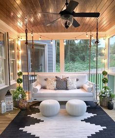 Modern Home Decor 20 Gorgeous And Inviting Farmhouse Style Porch Decorating Ideas.Modern Home Decor 20 Gorgeous And Inviting Farmhouse Style Porch Decorating Ideas Outdoor Spaces, Outdoor Living, Outdoor Bedroom, Outdoor Kitchens, Sweet Home, Deco Design, Nail Design, House Goals, Home Interior Design