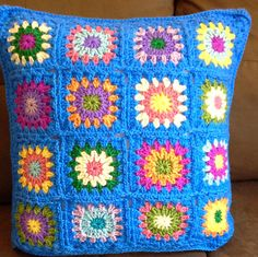 Beautiful and colorful granny square cushion cover. This pillow cover is perfect for bring color at any room in your home. Front is made in a full