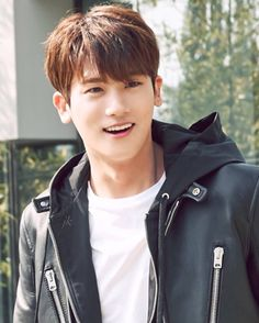 Hyungsik Park Hyung Sik, Korean Star, Korean Men, Strong Girls, Strong Women, Asian Actors, Korean Actors, Lee Min Ho, Park Hyungsik Strong Woman