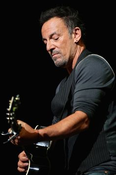 Bruce Springsteen Photos: Stars at the Stand Up for Heroes Event