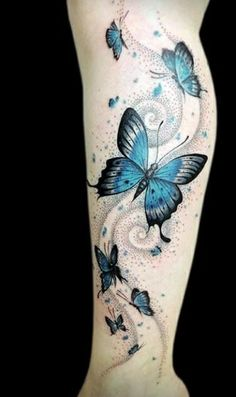 Schmetterling Tattoo Bedeutung – schön und sinnvoll cool tattoos tattoo butterflies on the leg Butterfly Tattoo Meaning, Butterfly Tattoos For Women, Butterfly Tattoo Designs, Butterfly Sleeve Tattoo, Tattoo Flowers, Butterfly Art, Purple Butterfly Tattoo, Key Tattoo Designs, Tattoo Ink