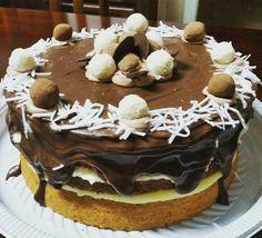 Naked Cake Prestígio 🎂🍒 #cerejadebolo