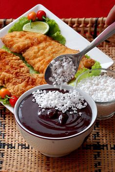 Belém do Pará (legal Amazon) is the one place in Brazil where people eat savory açaí with tapioca flour and fried fish.
