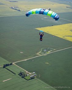 Spent a part of the weekend hanging out at Lots of fun as usual! I did a flyby and caught this great shot of Noah on our way back to the landing area. Have you been skydiving yet? DM me I can set it up. Skydiving, Great Shots, Calgary, Hanging Out, Landing, Explore, Portrait, Artist, Fun