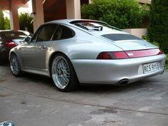 Porsche 993 Carrera 4S.