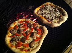 Barbeque Pizza Recipe on the Weber   Pork Barrel BBQ Sauce   Barbeque Sauce and Dry Rubs