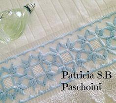 Azul para alegrar o dia que amanheceu cinza... #bordadoamao #embroidered #pontoreto