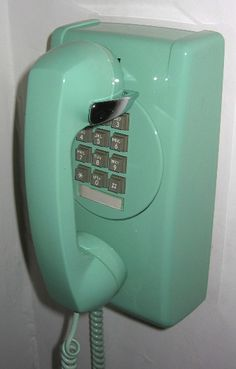 old phone. we had one this color!