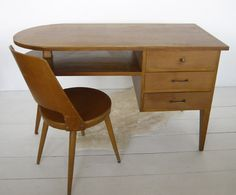 VG252 - Desk and chair 1960