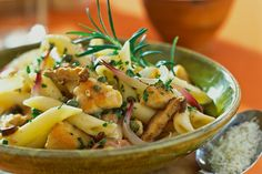 Penne with Chicken, Mushrooms and Onions