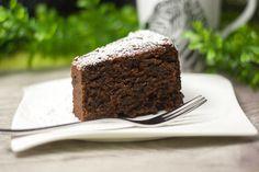 Ein Kuchen aus meiner Kindheit nur etwas verändert, damit er in meine Ernährung passt. Ich präsentiere den low carb Rotweinkuchen