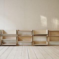 Vivlio Shelf System by Skagerak