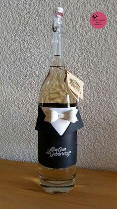 gute idee um eine flasche als geschenk zu verpacken karte pinterest geschenke geschenke. Black Bedroom Furniture Sets. Home Design Ideas