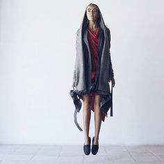Airy and feminine fall outfit. Dress asymmetrical. Relaxed fit. Cotton 100%. Mixed fabric cardigan with belt. Stretchy. Coat-cardigan with belt. Overlong sleeves with extra gloves. Raw edge at hem. #kinoconcept