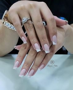 I would like to become a professional manicure and pedicure and make over reais per month? I will teach you step by step how I do nails perfect and have my busy schedule throughout the year! Perfect Nails, Gorgeous Nails, Pretty Nails, Trendy Nail Art, Stylish Nails, French Nail Designs, Nail Art Designs, Pink Nails, My Nails