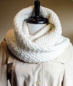 Snowdrift Cowl knitting pattern on Craftsy