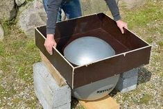 Make a great mold for clay etc. Diy Concrete Countertops, Concrete Molds, Concrete Furniture, Concrete Table, Concrete Cement, Concrete Garden, Concrete Design, Art Deco Furniture, Concrete Planters