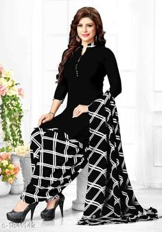 Printed Dress Material with Patiala Salwar Fabric: Chiffon Type: Dress Material. by Look & Style Stylish Dress Designs, Designs For Dresses, Stylish Dresses, Nice Dresses, Casual Dresses, Fashion Dresses, Stylish Kurtis, Fashion Pants, Patiala Suit Designs