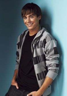 This may be the cutest picture of Zac I have ever seen.... That smile :)