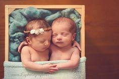 Newborn twins boy and girl photography :) www.lephotograph.es