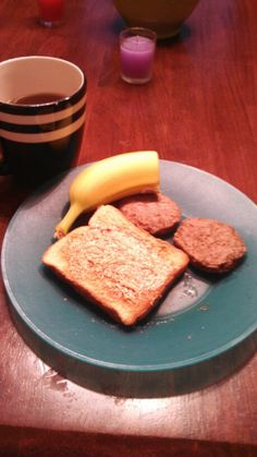 1\2 banana (1 purple) 2 turkey sausage patties (1 red) toast with pb (1 yellow 1 tsp) and coffee with almond milk (1/2 blue)