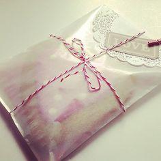 Valentines gift wrap diy