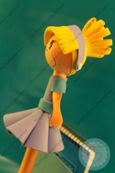 FofuBoli de la princesa Disney Cenicienta con su vestido azul en goma EVA a…