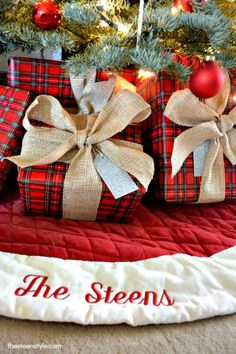 traditional plaid wrapping paper & burlap ribbons & bows