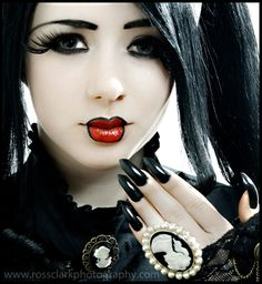 Victorian Gothic Beauty by rossedintranslation on DeviantArt Goth Makeup, Dark Makeup, Goth Beauty, Dark Beauty, Asian Beauty, Beauty Makeup, Dark Fashion, Gothic Fashion, Gothic Images