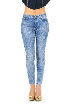 Michael Kors - Jeans - Abbigliamento - Jeans in cotone elasticizzato a cinque tasche con slvatura sulla lunghezza.La nostra modella indossa la taglia /EU 38. - FADED - € 155.00