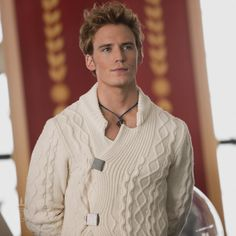 finnick hunger games | Finnick Odair - The Hunger Games Wiki
