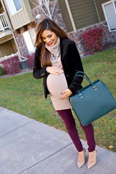 Chic Maternity Style. I hope I am this stylish and chic while pregnant. This is for inspiration a few years down the road. When I feel like it's impossible to be glam throughout pregnancy.