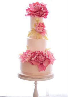#wedding cakes #wedding These sugar flowers are incredible!!  Pink Peony wedding cake @Rosalind Grace miller cakes