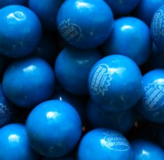 Blue bubble gum