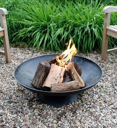 Esschert Design Giant Fire Pit - Fire Pits at Hayneedle Cast Iron Fire Pit, Metal Fire Pit, Diy Fire Pit, Fire Pit Bowl, Fire Pit Ring, Fire Bowls, Fire Pits, Diy Jardim, Fire Pit Video