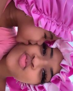 Cute Black Couples, Cute Black Babies, Black Couples Goals, Beautiful Black Babies, Cute Black Boys, Cute Baby Girl, Cute Babies, Mommy Daughter Pictures, Pregnancy Goals