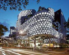 ILUMA- a huge ,modern shopping mall , Singapore   FOLLOW xx  TWITTER: @asdfghjklPAL INSTAGRAM: @alpha_pal