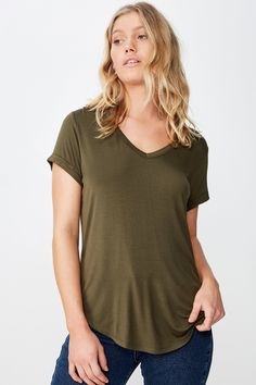 Loose Fitting Tops, Trendy Tops, V Neck Tops, Casual Looks, Short Sleeves, Tees, Cotton, Clothes, Women