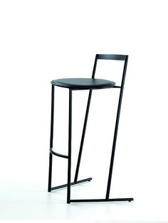 """Of for a unique chair........that """"speaks to You!""""...oh yes.............MUSME' sgabello . Emilio Nanni 1986"""
