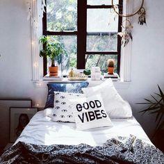Room decor boho, boho room, design bedroom, bohemian bedrooms, bedroom in. Dream Rooms, Dream Bedroom, Home Bedroom, Bedroom Decor, Teen Bedroom, Design Bedroom, Bedroom Apartment, Tumblr Bedroom, Bedroom Themes