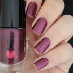 Pink nails. Nail art. Nail design. Polish. Vinheira da Quem Disse, Berenice…