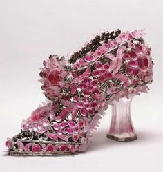 Transformed: Glass slipper, ugly blister by Timothy Horn. The high work is made of lead crystal & Easter egg foil. Cinderella Slipper, Cinderella Shoes, Fancy Shoes, Crazy Shoes, Ugly Shoes, Ceramic Shoes, Glass Shoes, Jeweled Shoes, Everything Pink
