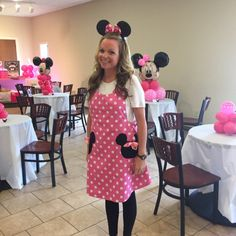 Items similar to Minnie Mouse Apron, Party Apron, Womens Apron that is Reversible on Etsy Minnie Mouse, Mickey And Minnie Costumes, Wine Christmas Gifts, Toddler Apron, Girl Cooking, Cute Aprons, Mickey Head, Party Props, Pink Polka Dots